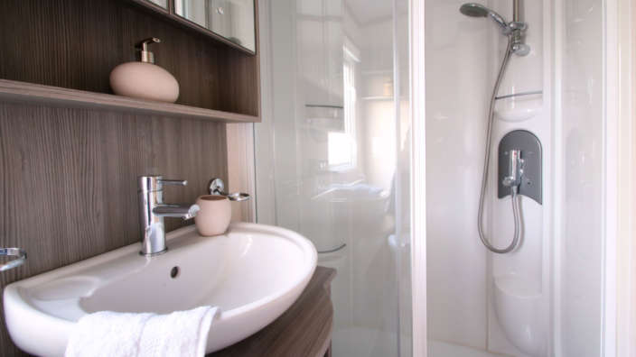 Carnaby-Finesse-bathroom