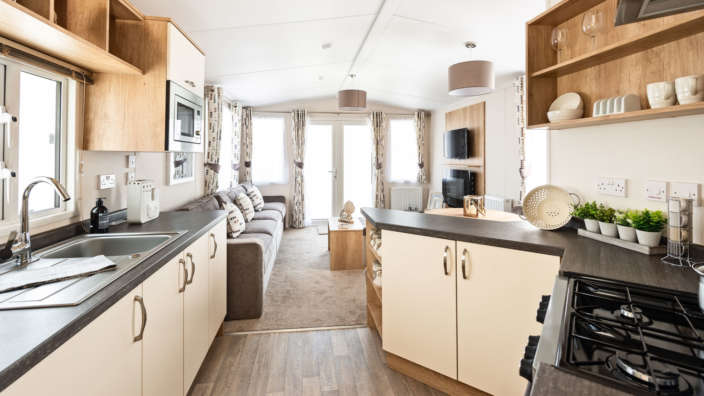 3.Sunseeker-Twilight-Kitchen-Lounge