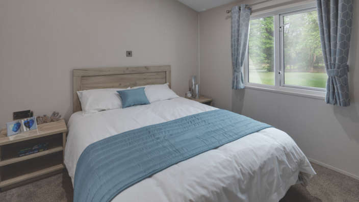 5.Willerby-Clearwater-Master-Bedroom