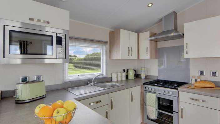 4 Willerby Rio Premier Kitchen