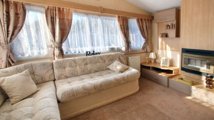 Preowned-willerby-rio-forest-edge-spacious-lounge