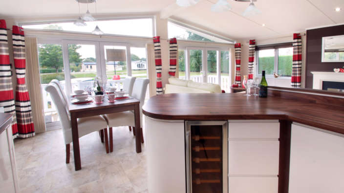 Victory-Provence-kitchen-and-dining
