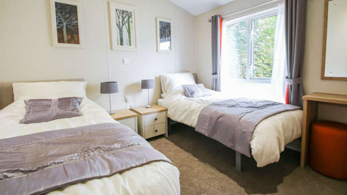 6.Willerby-Portland-Twin-Room