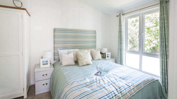 Prestige-Oyster-Catcher-master-bedroom
