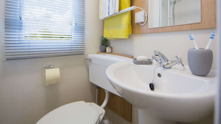 5.Willerby-Martin-Bathroom