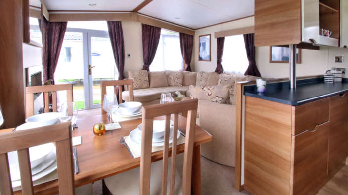 Preowned-St-David-Caravan-dining