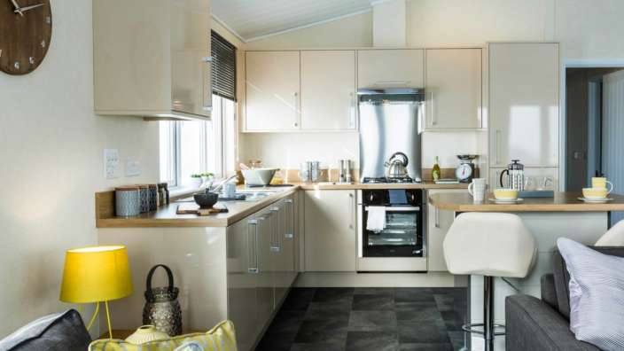 4 Prestige Buckland Kitchen Outlook