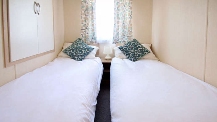 Regal-Regency-caravan-twin-bedroom-2