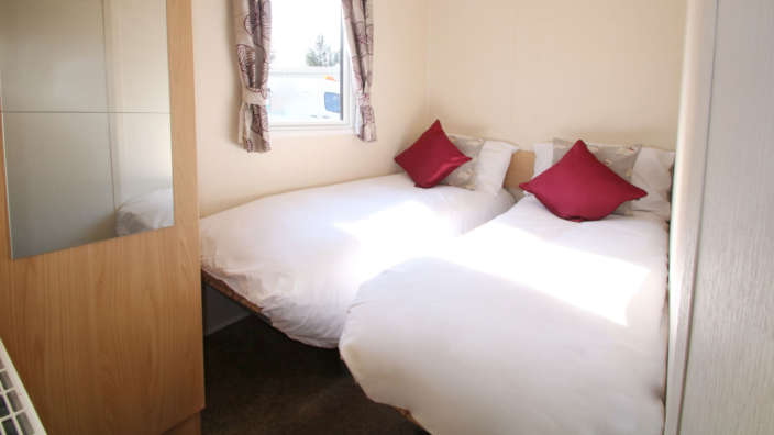 Willerby-Aurora-Preownedtwin-bedroom