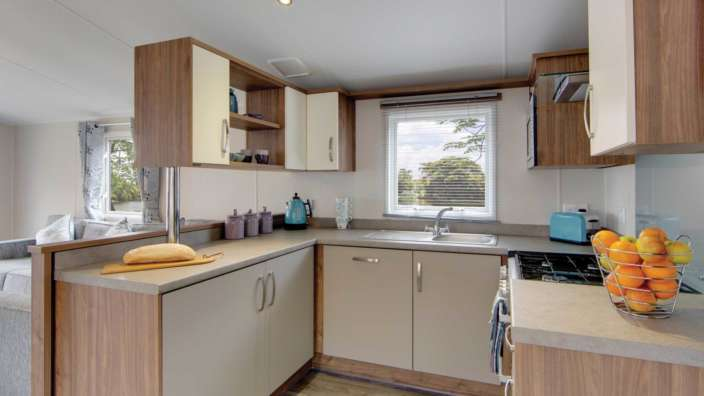 4 Willerby Avonmore Kitchen