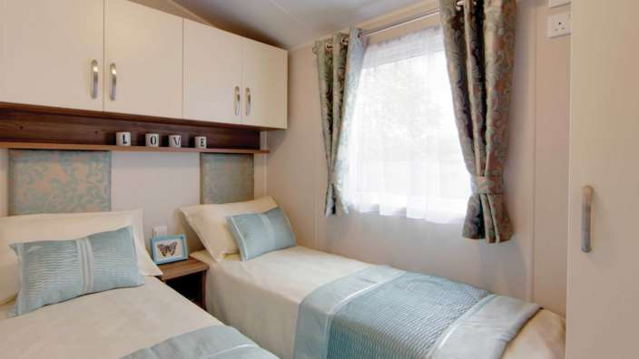 8 Willerby Avonmore Twin Bedroom