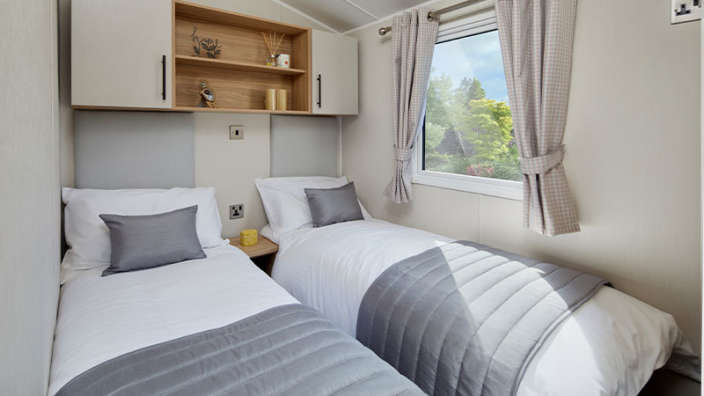 5.Willerby-Manor-Twin-Room