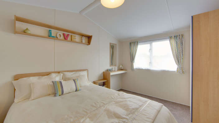 5.Willerby-Mistral-Master-Bedroom