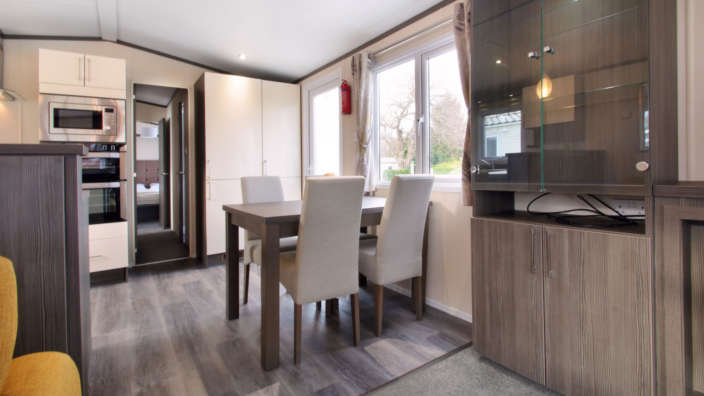 Regal-Somerton-wilksworth-caravan-park-dining
