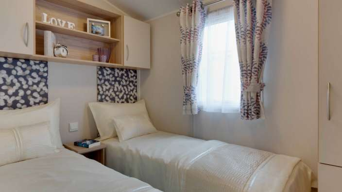 7 Willerby Brockenhurst Twin Bedroom