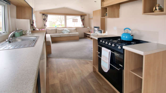 Willerby-vacation-preowned-caravan-kitchen-wilksworth-caravan-park