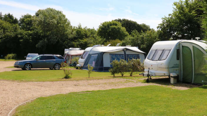Touring-Camping-Pitches-Tents-Motorhomes