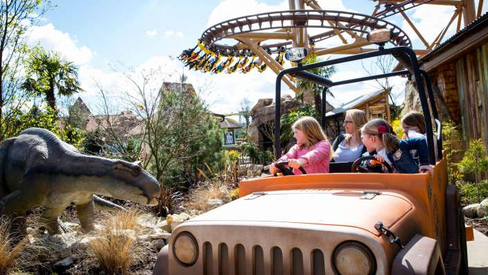 Dinosaur Themed Rides In Lost Kingdom At Paultons Park
