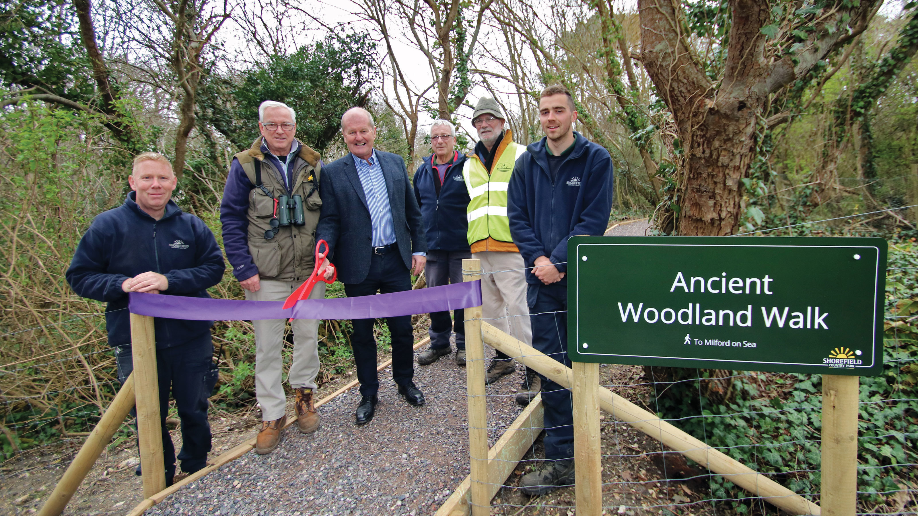 The-Estates-Gardening-Team-with-Keith-Metcalf-and-Tony-Locke-from-Milford-Conservation-Volunteers