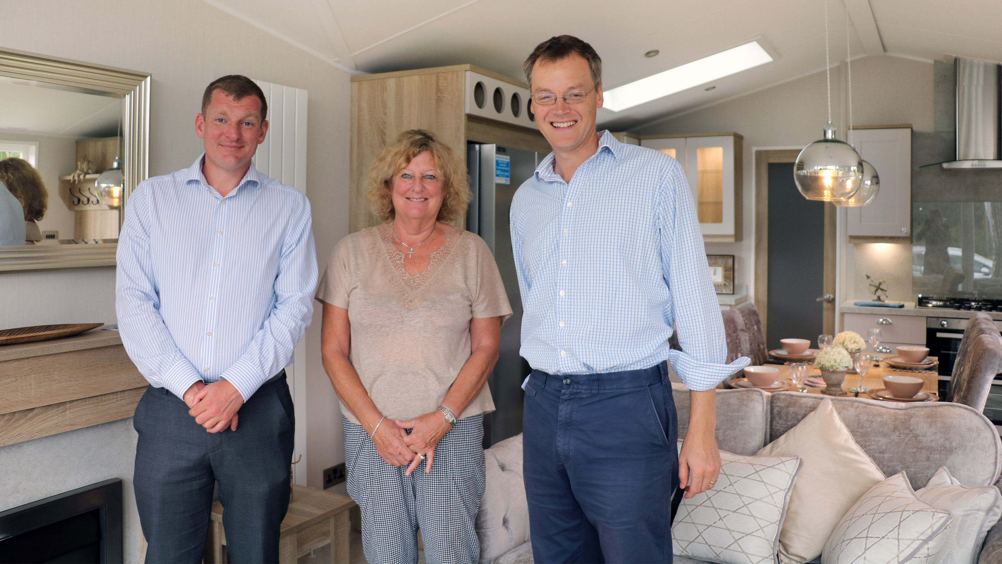 Michael-Tomlinson-MP-for-Mid-Dorset-and-North-Poole-visits-Merley-Court-Holiday-Park