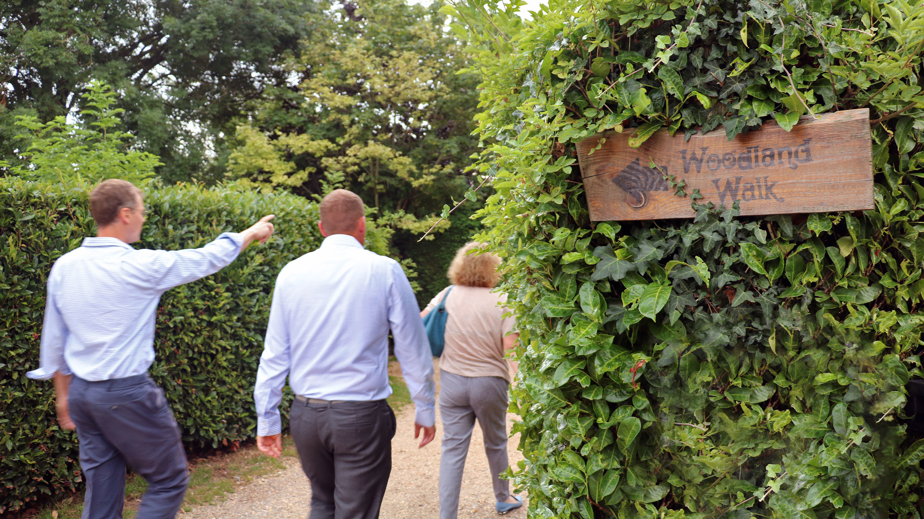 Michael-Tomlinson-takes-a-tour-of-Merley-Court-Holiday-Park
