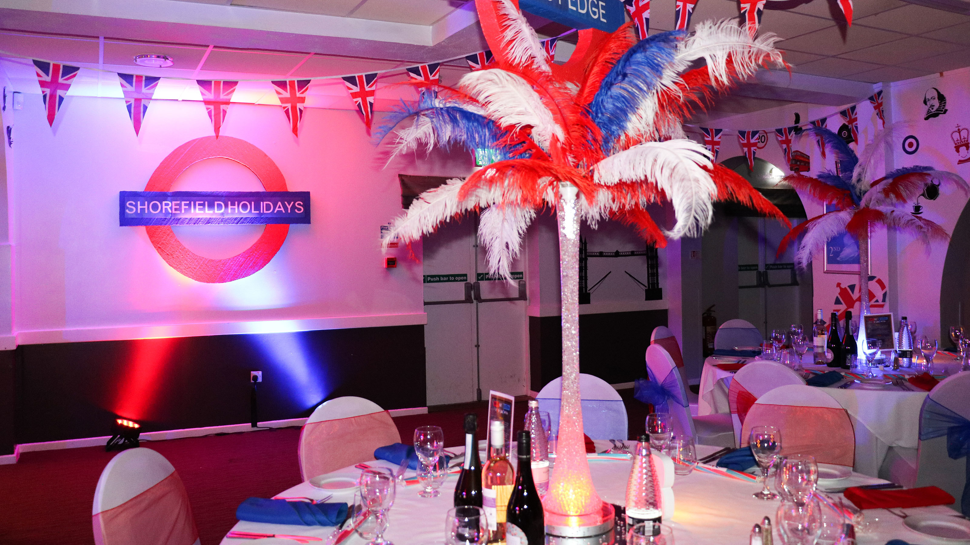 Best-of-British-themed-table-decorations-and-event