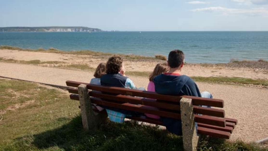 Discover Milford On Sea On Your Next Short Break Or Holiday 01