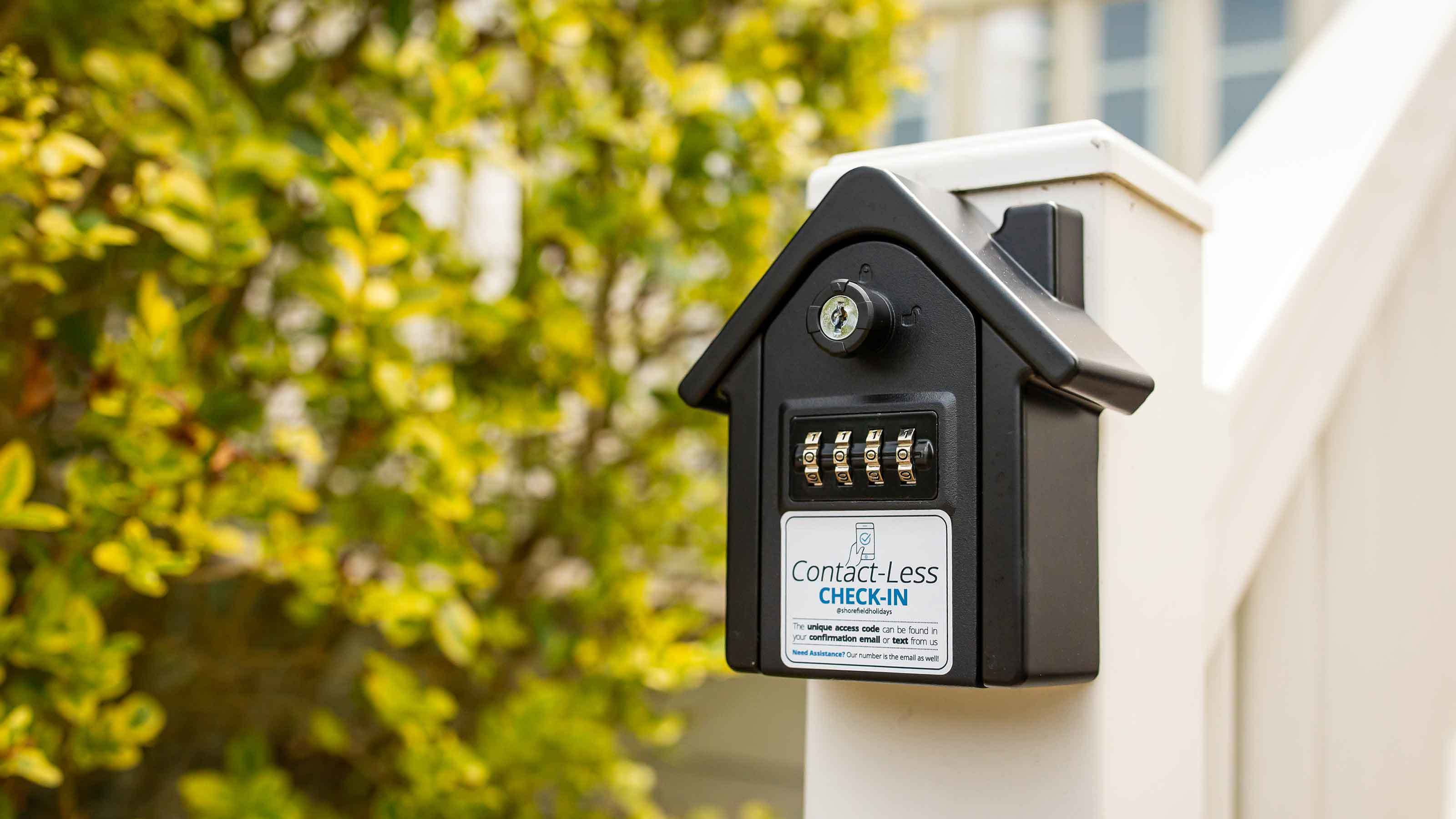 Contactless check in at Shorefield Holiday Parks in Dorset and the New Forest