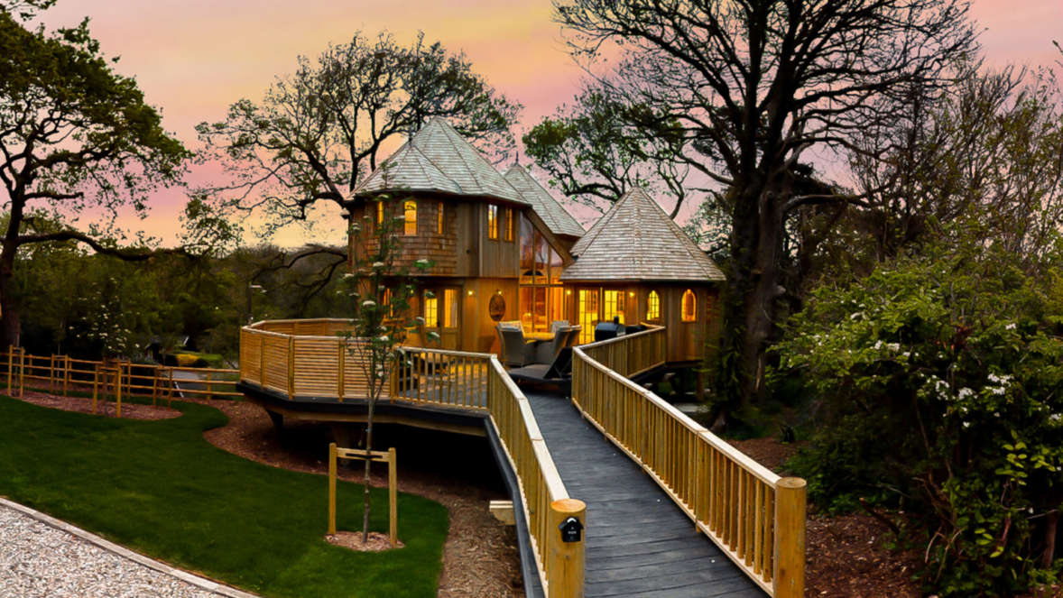Coppertree House at sunset