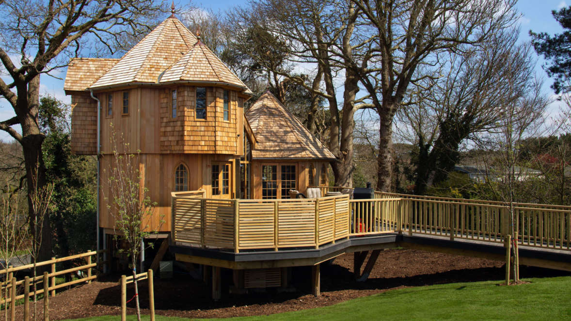 Treehouse accommodation in the New Forest Coppertree House at Shorefield Country Park