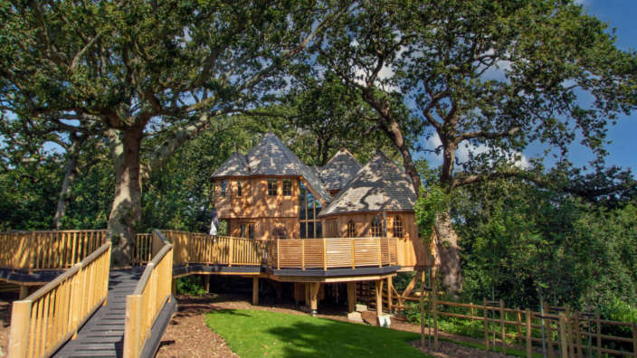 Review silvertree house with hot tub in the New Forest