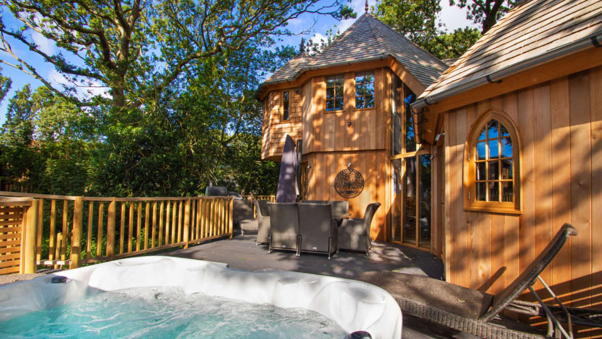 Silvertree house with hot tub in the New Forest