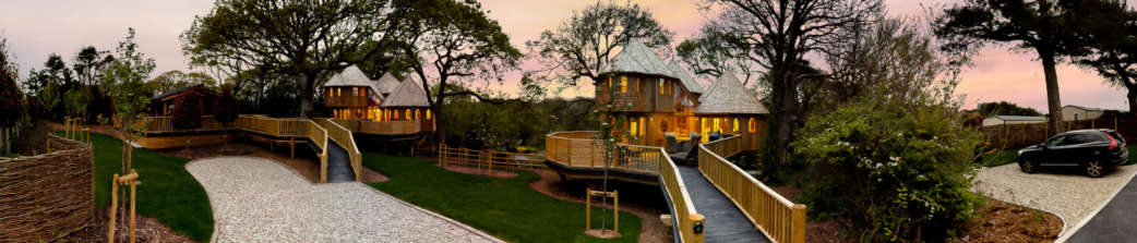 Luxury new forest treehouse accommodation