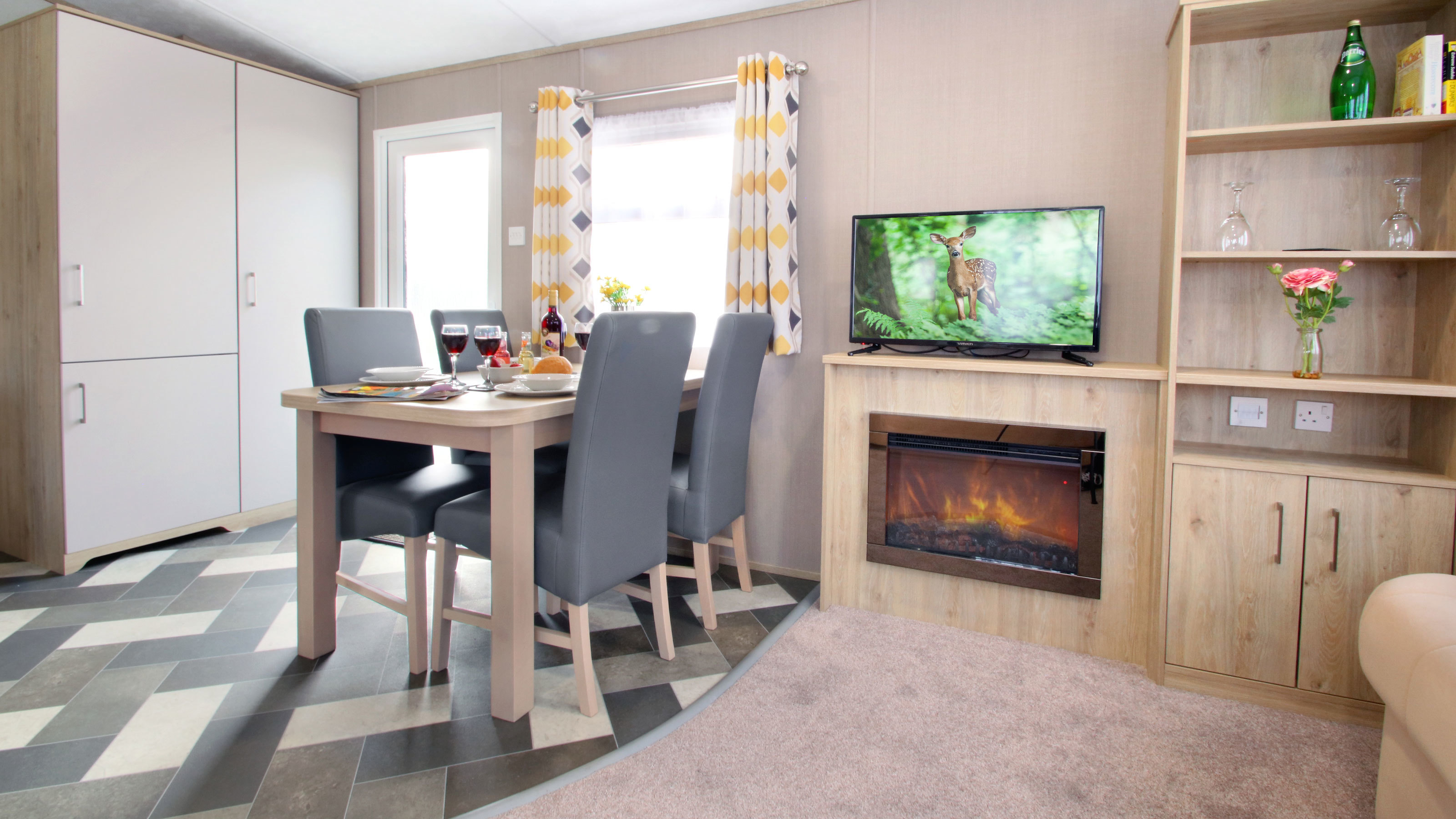 Oakdene-Statement-caravan-lounge-and-dining-area-new-for-2020