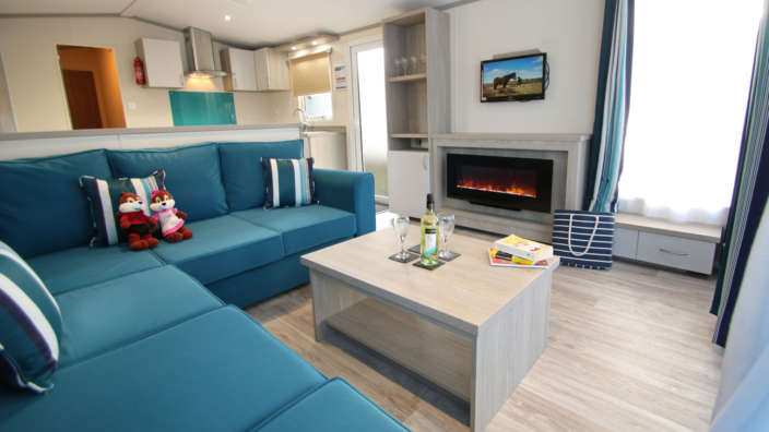 2019-Sensation-Caravans-at-Oakdene-Forest-Park-lounge