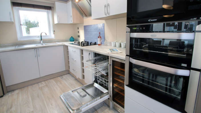 Mod cons in fully equipped kitchen of Sublime caravan