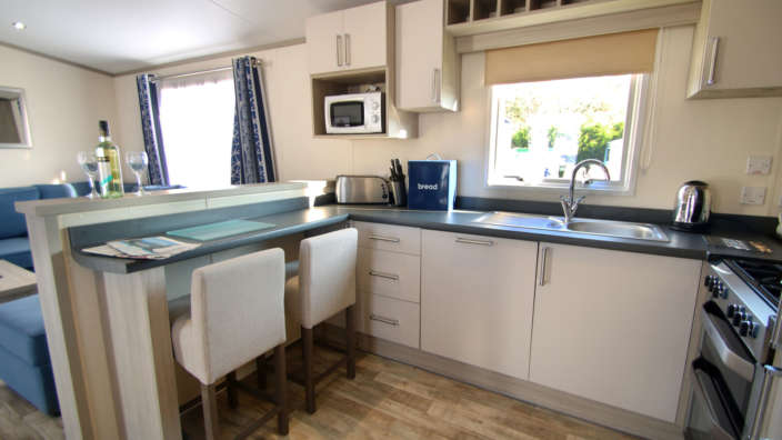 The-kitchen-in-a-sublime-caravan-at-Oakdene-Forest-Park