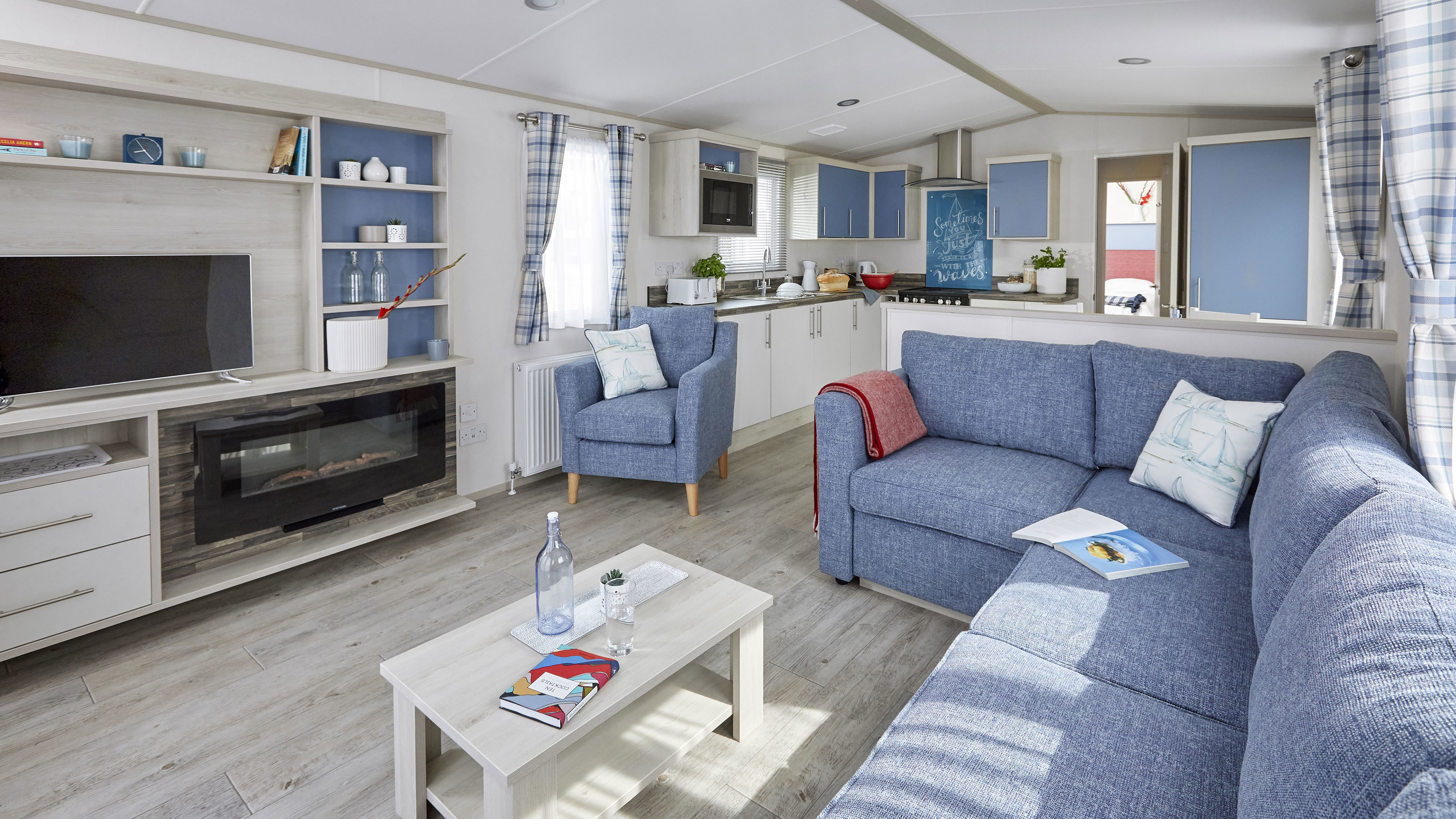 Seaside-Caravans-with-Shorefield-Holidays-have-a-calm-seaside-theme-throughout