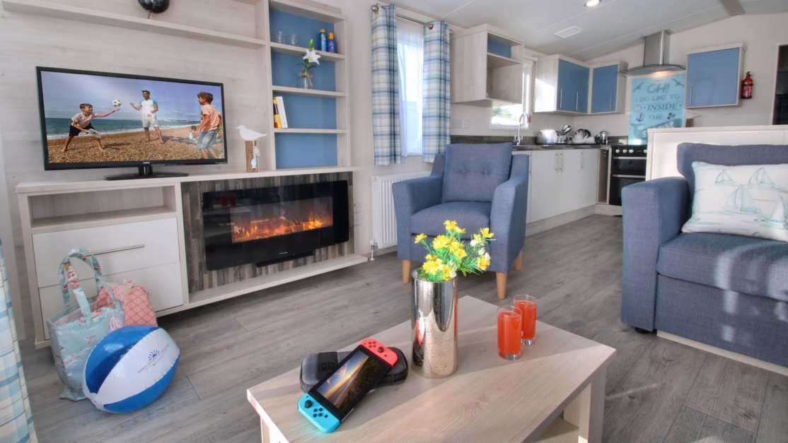 Seaside-Caravans-Shorefield-Holidays-spacious-modern-accommodation-new-forest-and-swanage