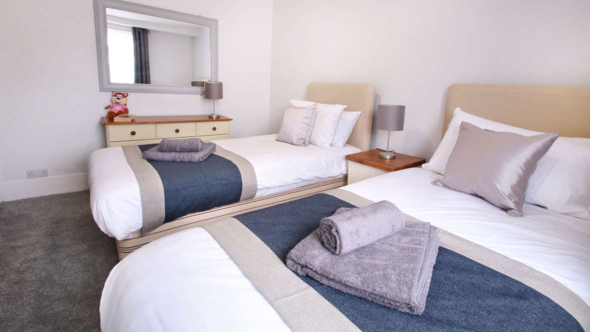The Burrow house in Dorset second twin bedroom
