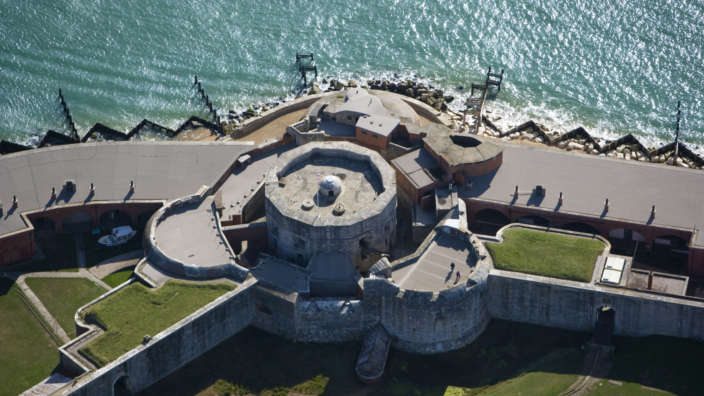 Aerial-view-of-Hurst-Castle