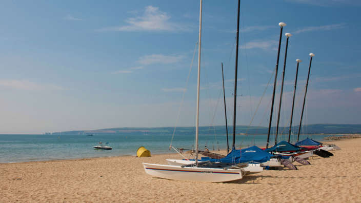 1 Sailing Boats On The Sandy Shores At Sandbanks
