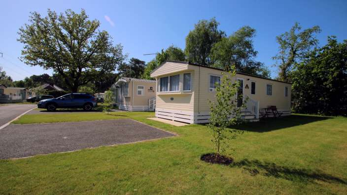 1 Caravans In Woodland Setting