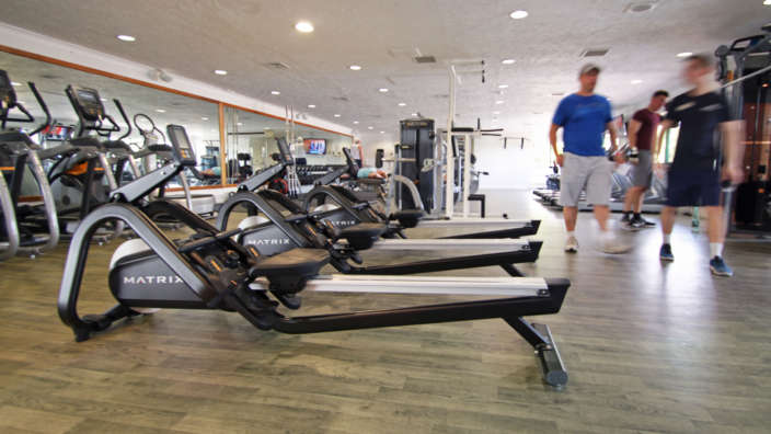 4 Cardio Rowing Machines Fitness Gym