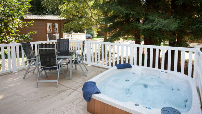4 Woodland Hot Tub Lodge Decking