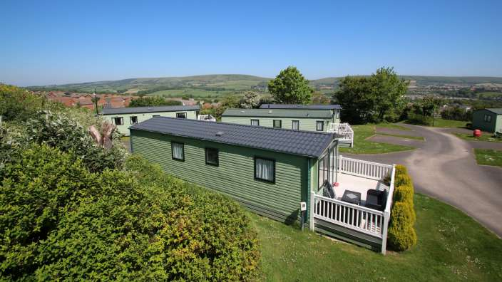 1 Caravans At Swanage Coastal Park Surrounded By Countryside