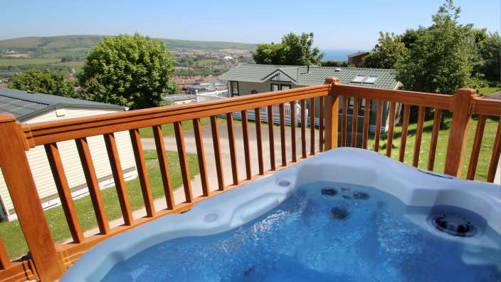 5 Hot Tub Overlooking The Bay And Purbeck Hills