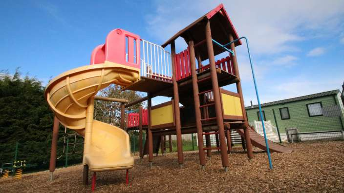 1 Childrens Play Park