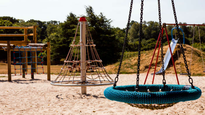 4 Childrens Play Area At Wilksworth