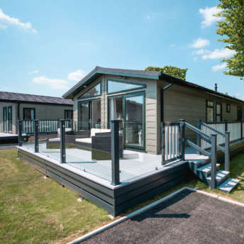 New-Forest-Lodge-Retreat-holiday-home-lodge-countryside